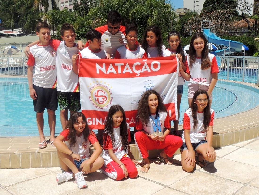 Ginástica traz medalhas de Sul Brasileiro de Natação