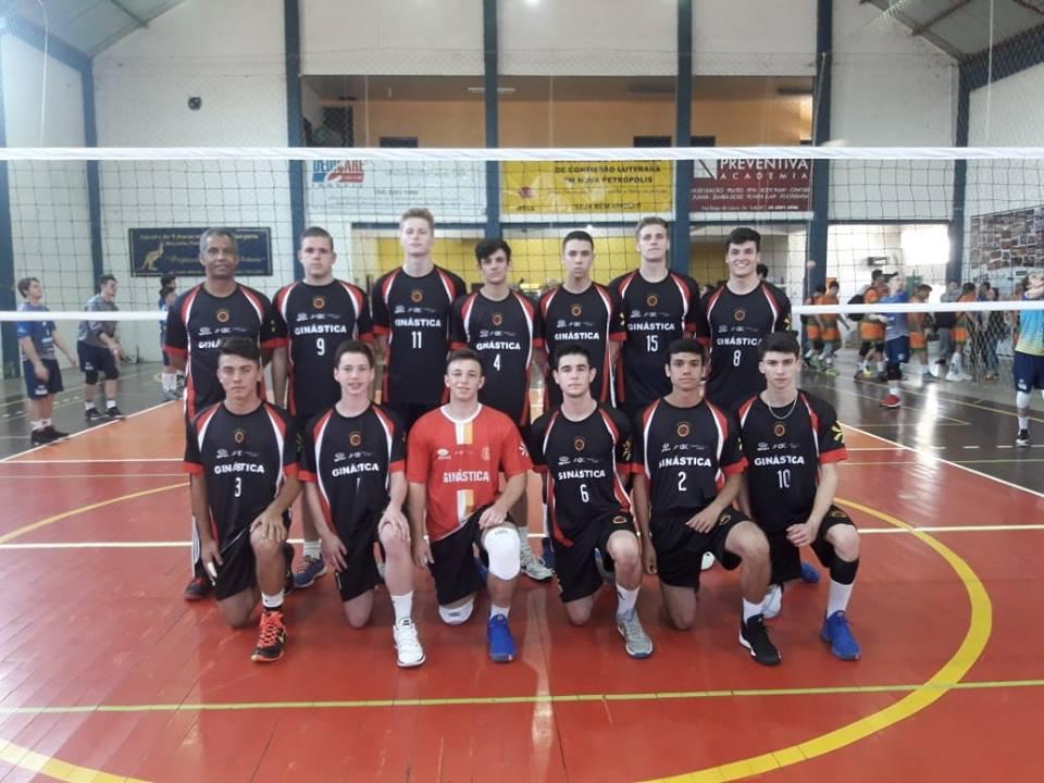 Equipes da GINÁSTICA/IENH disputam a Taça Paraná de Voleibol