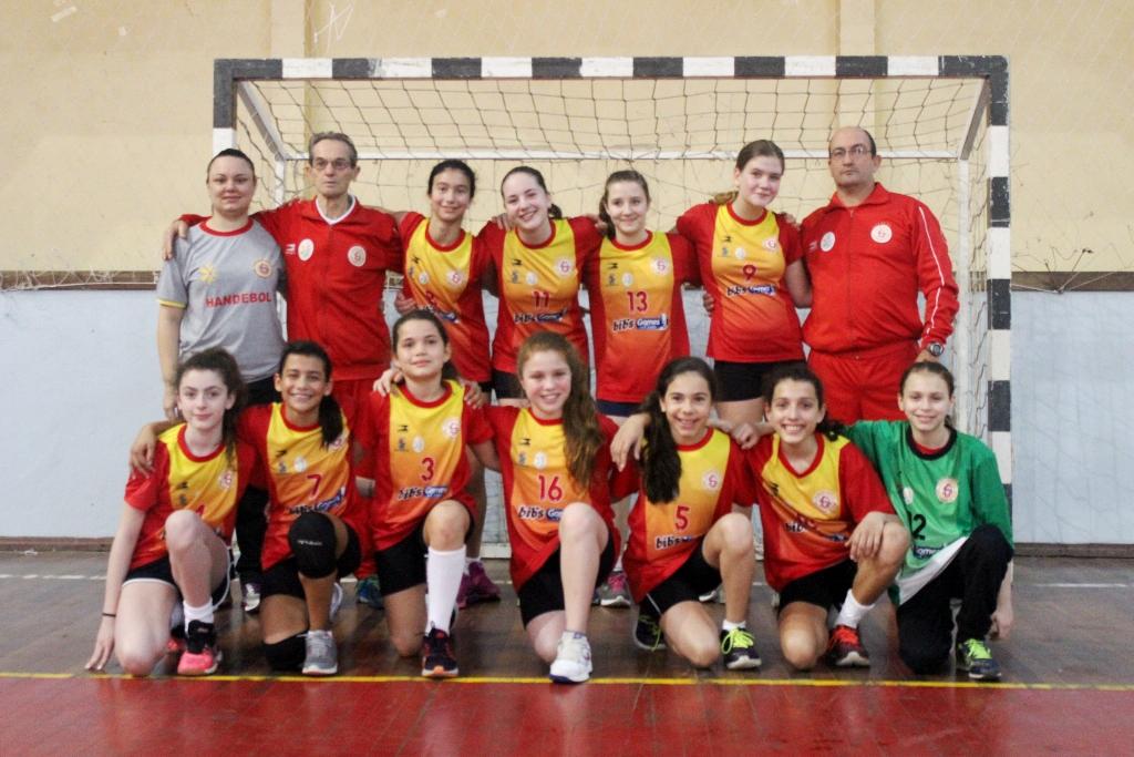 Equipe Mirim está na final do Estadual de Handebol