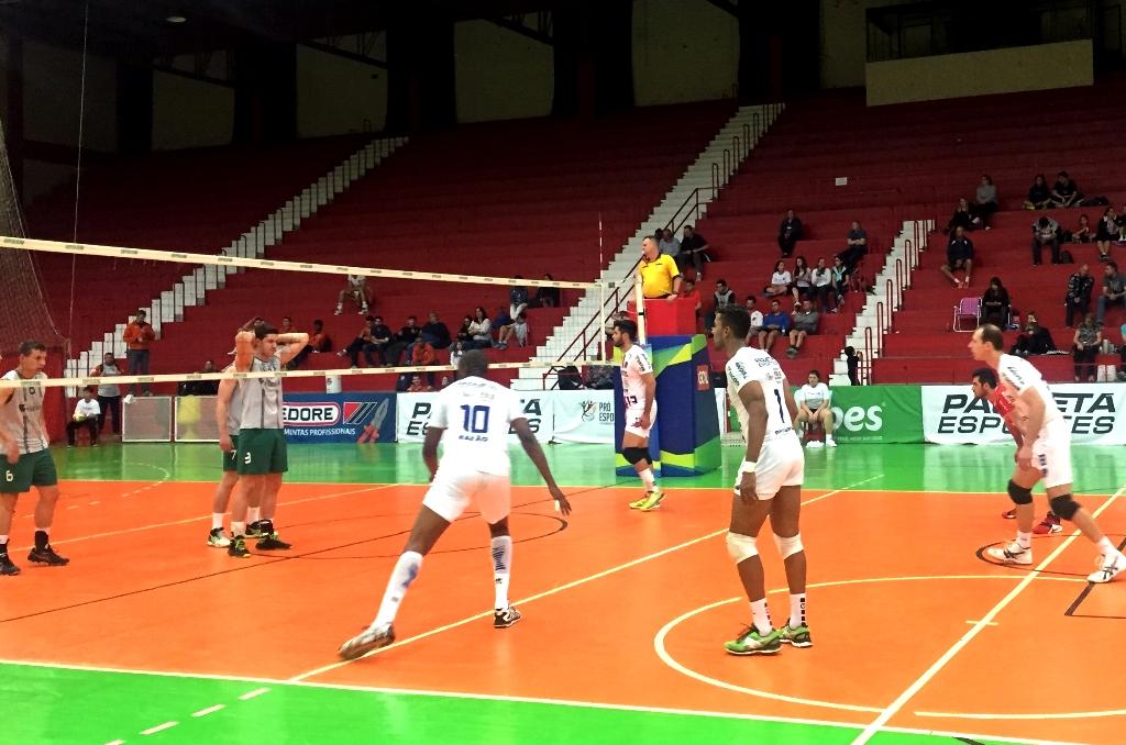 Voleisul/Paquetá Esportes fica com o terceiro lugar na Copa Paquetá Esportes