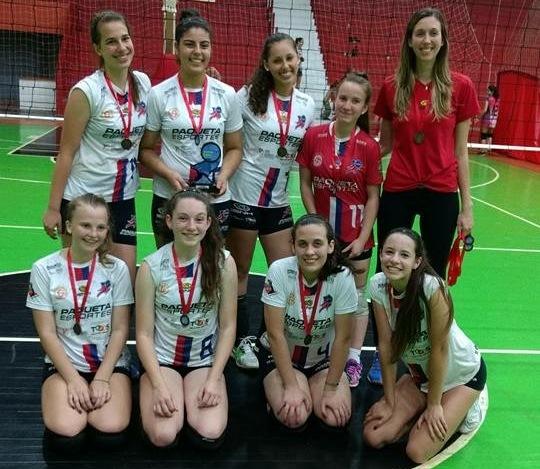 Infantil Feminino SGNH/IENH/VOLEISUL é bronze na Copa Ginástica de Voleibol