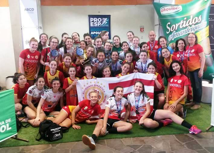 Ginasticanas conquistam o tetracampeonato da Copa Mercosul de Handebol