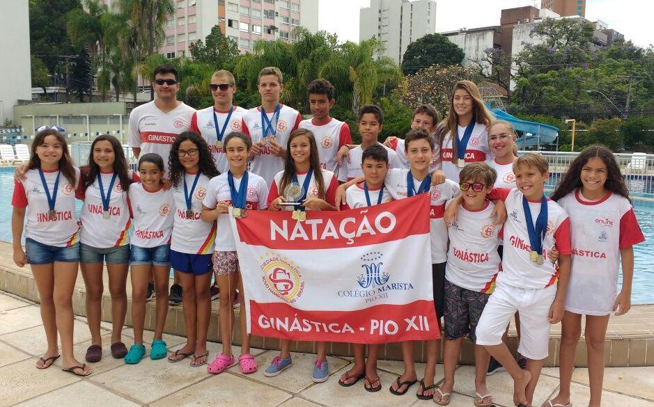 Natação da Ginástica conquista medalhas no Estadual de Verão