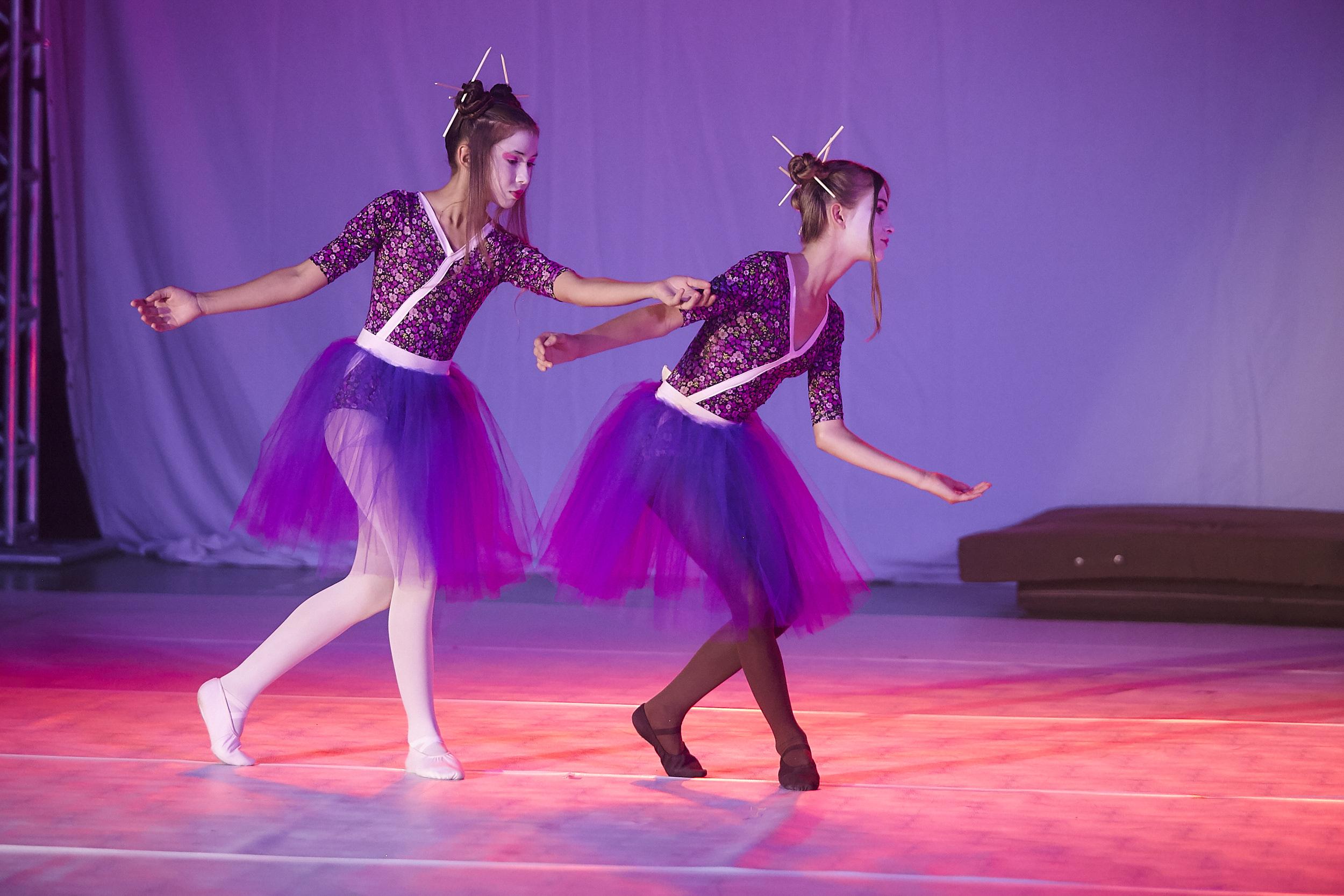 Espetáculo de Dança e Acrobacia encanta o público