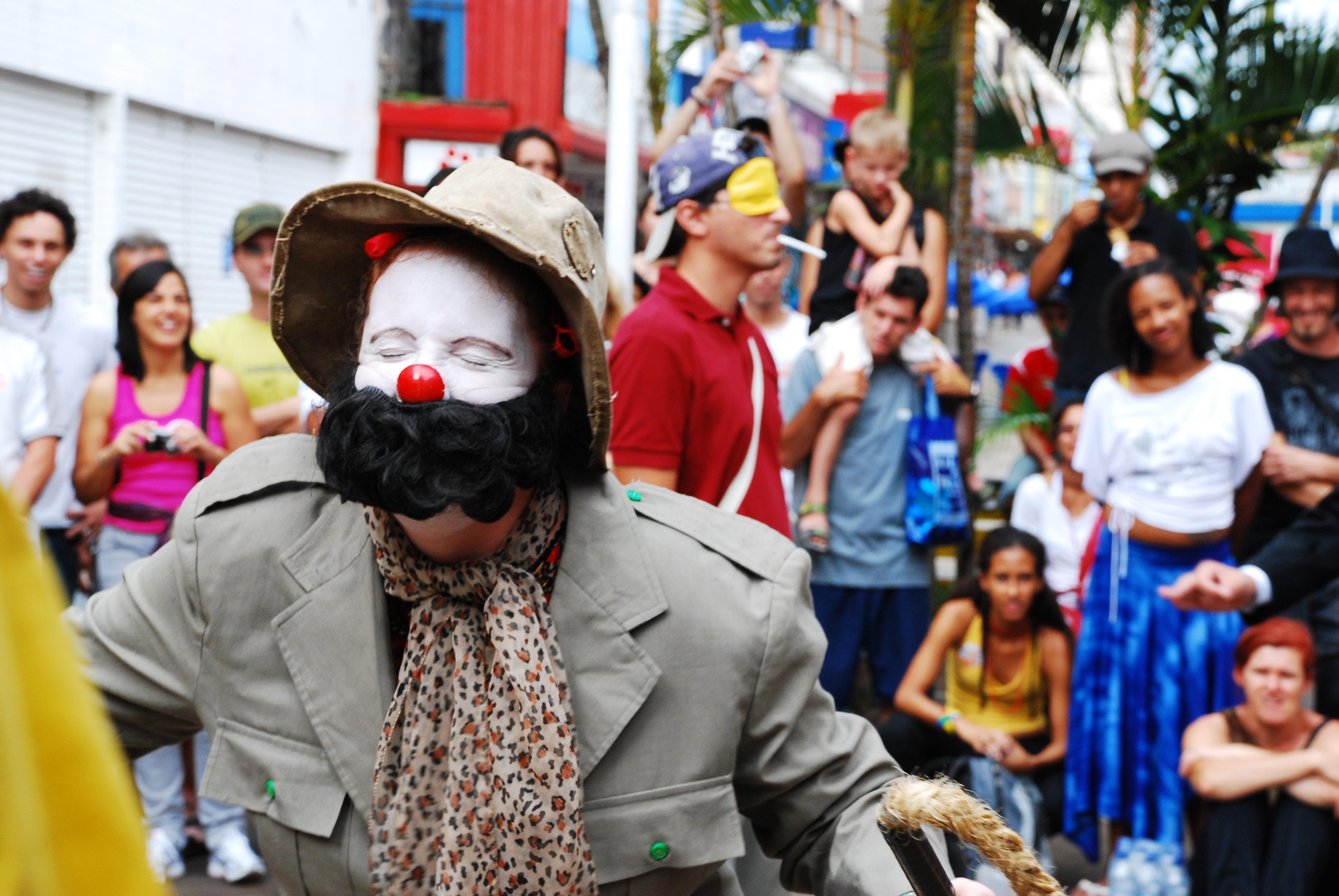 """O espetáculo """"Histórias de Circo Sem Lona"""" acontece na Ginástica"""